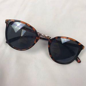 No Brand Tortoise Brown Hipster Sunglasses